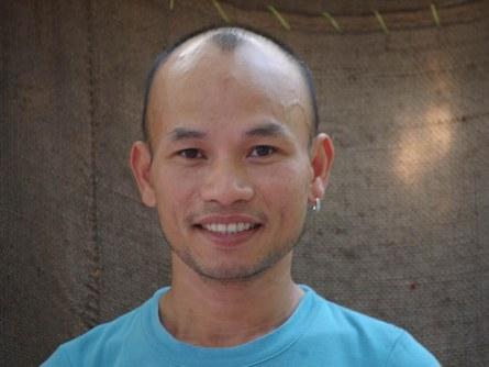 """Họa sĩ Trương Tân: Biện minh và bênh vực cho những người """"gay"""""""