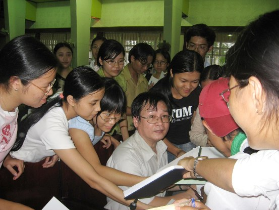 """Nhà văn Nguyễn Nhật Ánh lại có """"vé"""" đến giải thưởng văn học ASEAN  - ảnh 1"""
