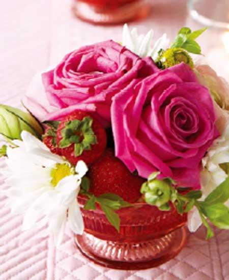 Các kiểu cắm hoa hồng lạ mắt