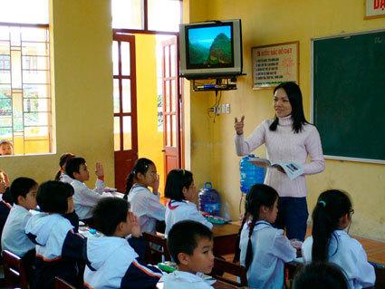 Đề án dạy học 2 buổi/ngày, bán trú cho học sinh các trường tiểu học và Đề án dạy tiếng Thái, Mông cho học sinh tiểu học, THCS giai đoạn 2011 – 2015, định hướng đến năm 2020 của Sở GD – ĐT