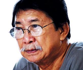 Họa sĩ Nguyễn Trung tái xuất với tranh trừu tượng
