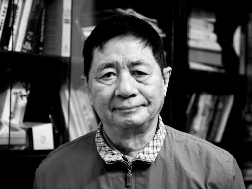http://media.thethaovanhoa.vn/2011/01/18/10/24/Hoang-Ngoc-Hien.JPG