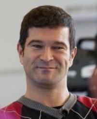 Nghệ sĩ dương cầm Stefan Schmidt