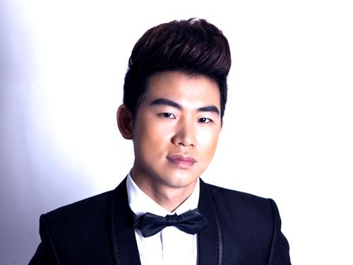 """Ca sĩ Việt Tú ra mắt """"khúc dạo đầu"""" cùng Sao Mai Minh Chuyên"""