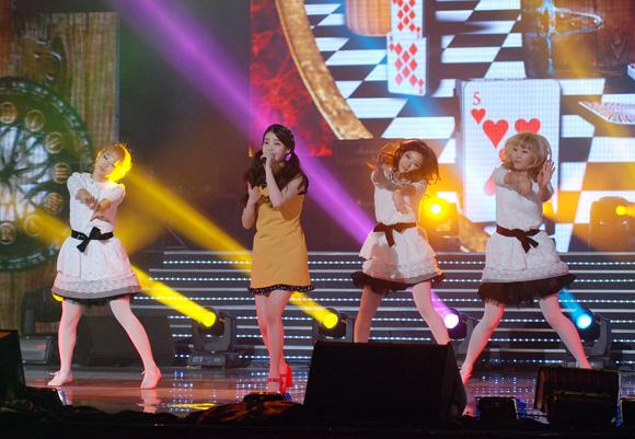 """Vietnam Korea Festival thành công rực rỡ về khán giả và """"phe vé"""""""