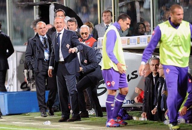 Những hình ảnh đáng xấu hổ của nội bộ Fiorentina