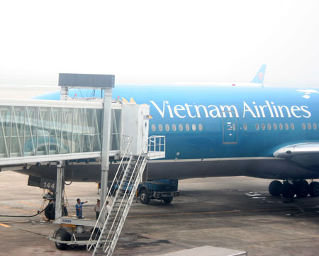 Gần 60 chuyến bay bị hoãn/hủy vì siêu bão Guchol và Talim