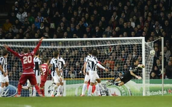 Buffon điên tiết sau trận hòa của Juventus