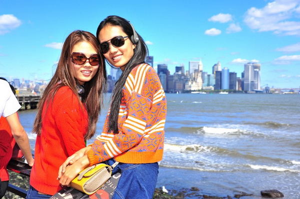 Top 6 Vietnam's Next Top Model tung tăng dạo chơi New York