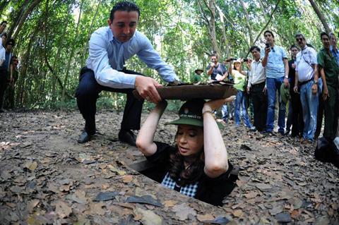 Nữ tổng thống Argentina thăm địa đạo Củ Chi