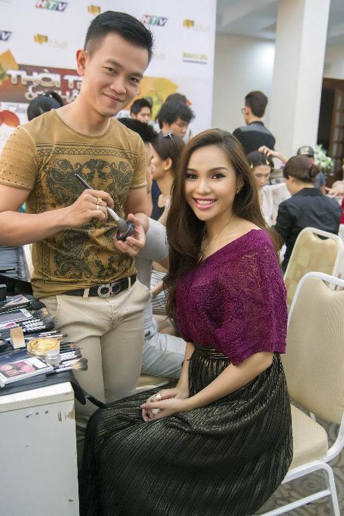Hoa hậu 9x Diệu Hân trở lại sàn catwalk