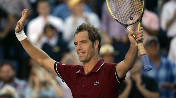 Tứ kết US Open: Nadal 'tốc hành' vào bán kết