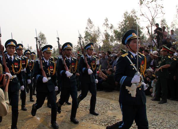 Chùm ảnh của P.V Baothethao.vn từ Vũng Chùa ( Quảng Bình):
