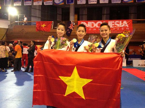 Châu Tuyết Vân: Hotgirl taekwondo 3 lần vô địch thế giới