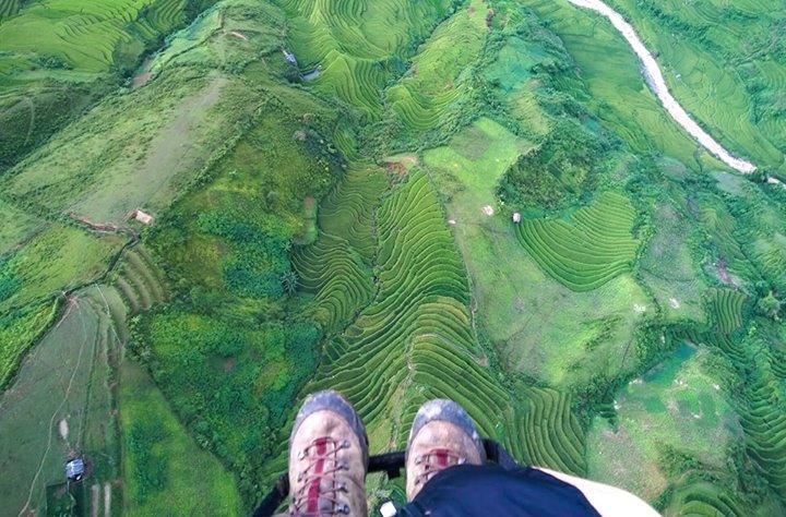 Du lượn lại bay trên những thửa ruộng bậc thang Mù Cang Chải