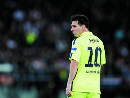 Messi: Đến Barca bằng quả cam và trái banh nỉ