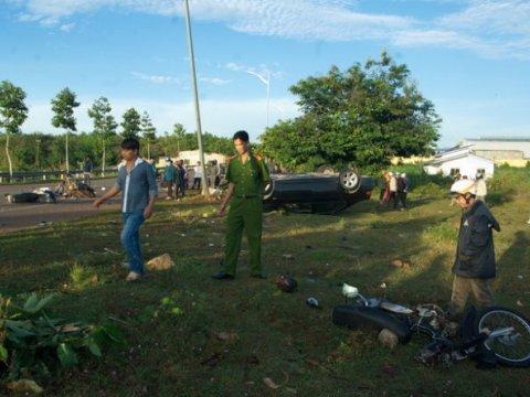 Khẩn trương khắc phục hậu quả vụ tai nạn giao thông tại Bà Rịa - Vũng Tàu