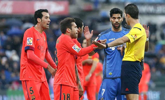 Barca đã kém Real Madrid 4 điểm: Trong nỗi ám ảnh từ Guardiola