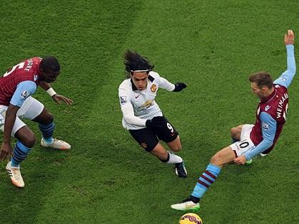 Aston Villa 1-1 Man United: Falcao ghi bàn, chơi hơn người, 'Quỷ' vẫn mất điểm