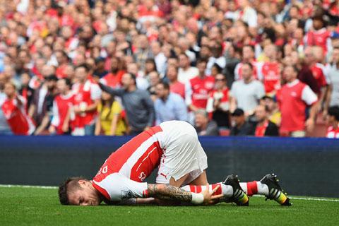 Wenger cho rằng Arsenal khởi động kém vì chấn thương quá nhiều