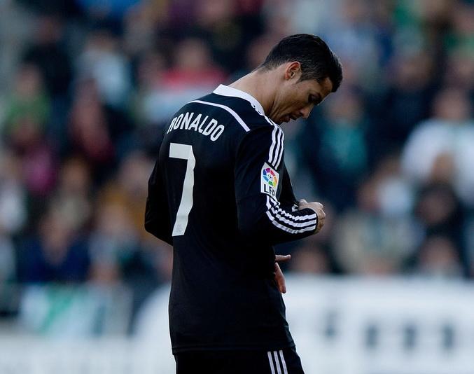 CẬP NHẬT tin tối 30/1: U.A.E giành hạng 3 châu Á. Ronaldo bị chỉ trích là 'xấu xí và ngạo mạn'
