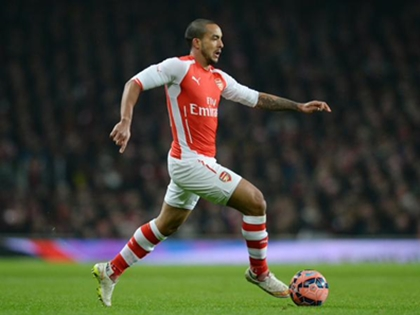 Arsenal 5-0 Aston Villa: Oezil tỏa sáng, Arsenal giành chiến thắng '5 sao'