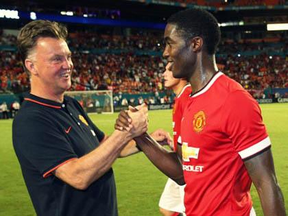 Blackett gia hạn hợp đồng với Man United