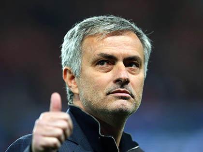 Arsenal 'tự sát'. Man City ngây thơ. Người Anh chỉ hy vọng vào Chelsea!