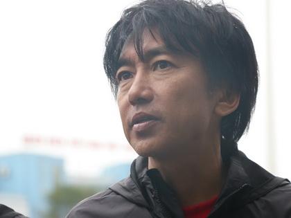 Hàng công ghi 3 bàn, HLV Miura vẫn không hài lòng