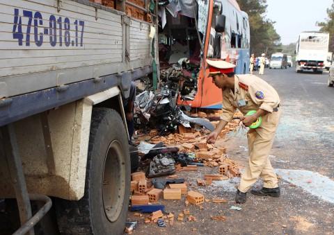 Đắk Lắk: Tai nạn giao thông nghiêm trọng làm 2 người tử vong