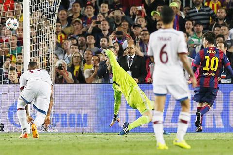 Barcelona - Bayern Munich 3-0: Thiên tài Messi 'hủy diệt' Guardiola