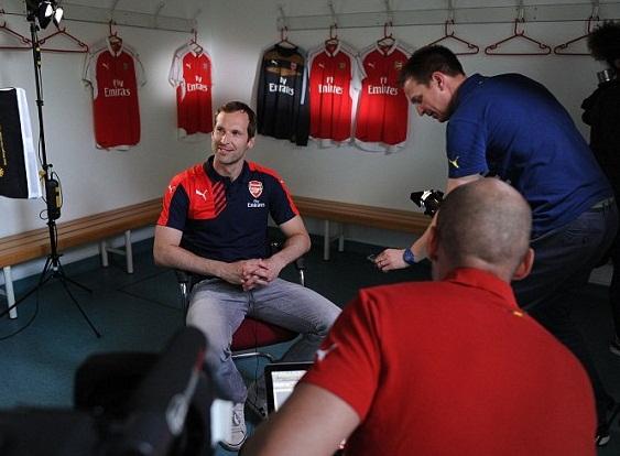 CẬP NHẬT tin sáng 30/6: Jones kí hợp đồng mới Man United. Cech bị dọa giết. Ramos quyết rời Real Madrid