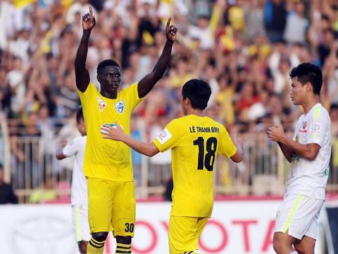 Chuyên gia Đoàn Minh Xương dự đoán vòng 11 V-League: 'Thủ mềm sẽ đón công cường'