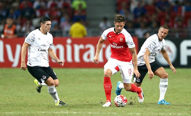Arsenal giành Barclays Asia Trophy: Chưa yên tâm về hàng công