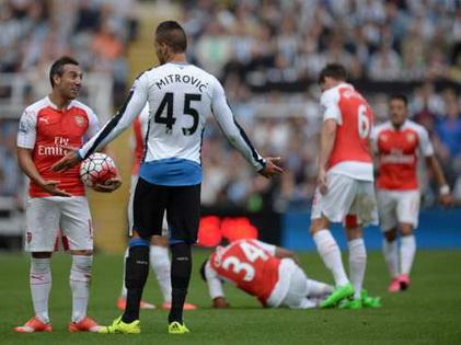 TRỰC TIẾP Newcastle 0–0 Arsenal: Arsenal ép sân liên tục, Newcastle chỉ còn 10 người (Hiệp 1)