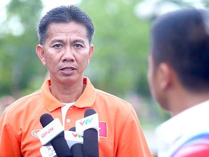HLV Hoàng Anh Tuấn: 'Để thắng Thái Lan phải có nhiều trung tâm như Viettel, PVF, HAGL'