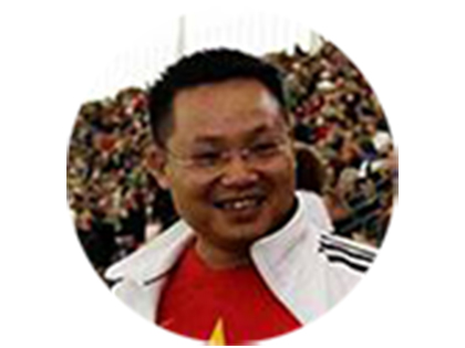 Nhà báo Phạm Tấn