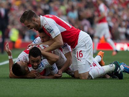 Arsenal 3-0 Man United: Sau 4 năm, Arsenal mới đánh bại Man United ở Premier League