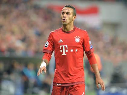 Bayern Munich: Con thoi Thiago, vũ khí không 'nổ' của Pep