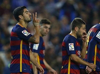 ĐIỂM NHẤN Barca 3-1 Eibar: Hat-trick của Suarez không thể che đậy khiếm khuyết