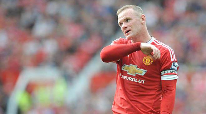 Hàng công Man United: Cả chục năm vẫn tranh cãi vị trí của Rooney