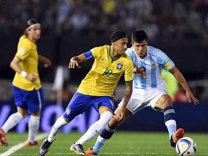 Argentina 1-1 Brazil: Thiếu Messi, Argentina vẫn không thắng, rớt xuống thứ 8