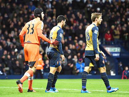 Arsenal thiếu mạnh mẽ để vô địch Premier League