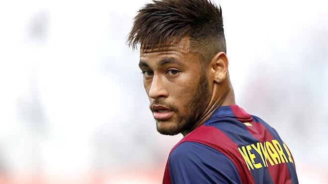 Perez không thể biến Neymar thành 'Figo mới'