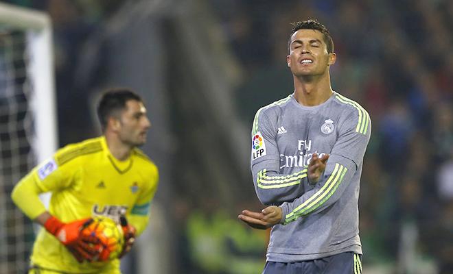 Từ khi Zidane cầm Real Madrid, Ronaldo đá người nhiều hơn ghi bàn