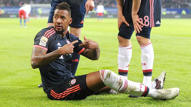Bayern lo 'sốt vó' vì Boateng chấn thương