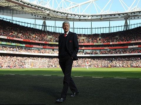 Arsene Wenger có thể ra đi sớm nếu fan Arsenal tiếp tục phản đối