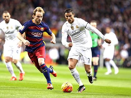 Bốc thăm vòng tứ kết Champions League: Khi Barca thích 'Kinh điển'