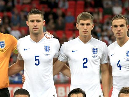 Tuyển Anh: Hodgson lại đau đầu vì hàng thủ