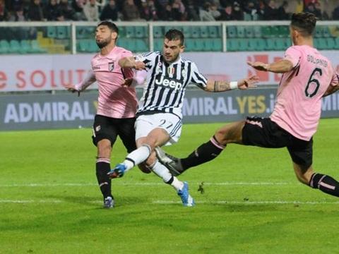 Kết quả hình ảnh cho Juventus băng băng về đích khi Đại thắng palermo
